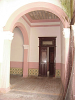 12 room historical home for sale in Merida | image